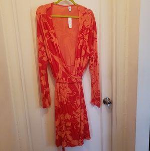 Dresses & Skirts - Old Navy Orange Plus Size Patterned Wrap Dress XXL